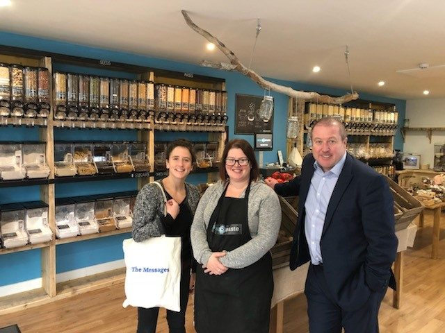 LOCAL MSP WELCOMES ENVIRONMENT MINISTER TO ANGUS' FIRST ZERO WASTE STORE